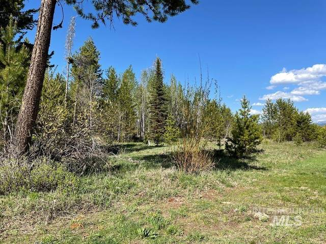 TBD Suzanna Lane, Donnelly, ID 83615 (MLS #98804617) :: Scott Swan Real Estate Group