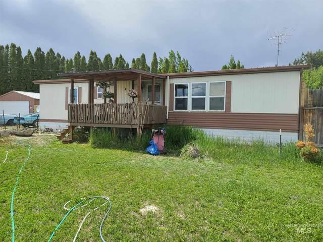 2488 E 3800 N, Filer, ID 83328 (MLS #98804641) :: Team One Group Real Estate