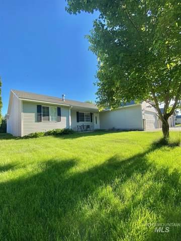 1006 Nw 24Th St, Fruitland, ID 83619 (MLS #98805058) :: Michael Ryan Real Estate