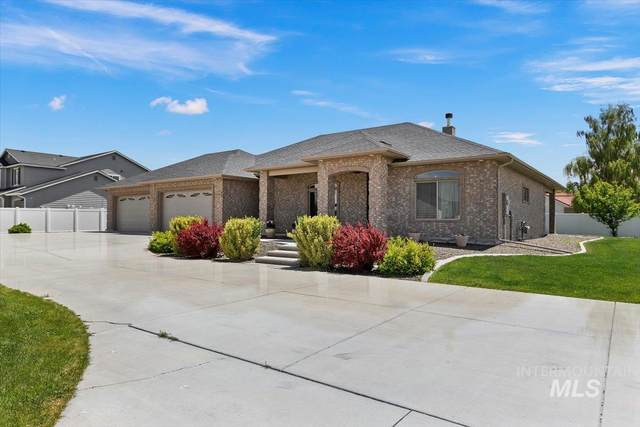 229 Canyon Crest Dr, Twin Falls, ID 83301 (MLS #98805091) :: Team One Group Real Estate