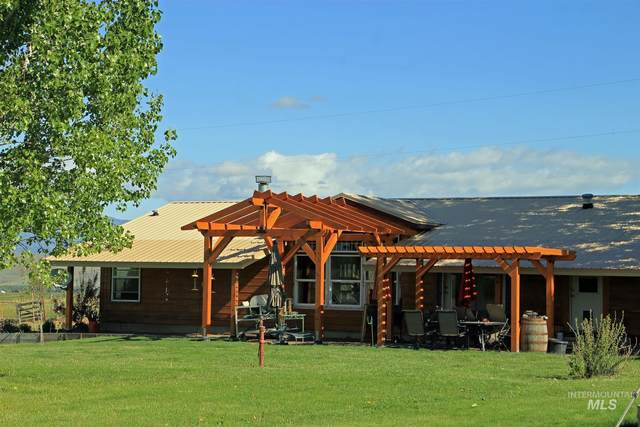 2285 Mundy Gulch Road, Indian Valley, ID 83632 (MLS #98805097) :: Team One Group Real Estate