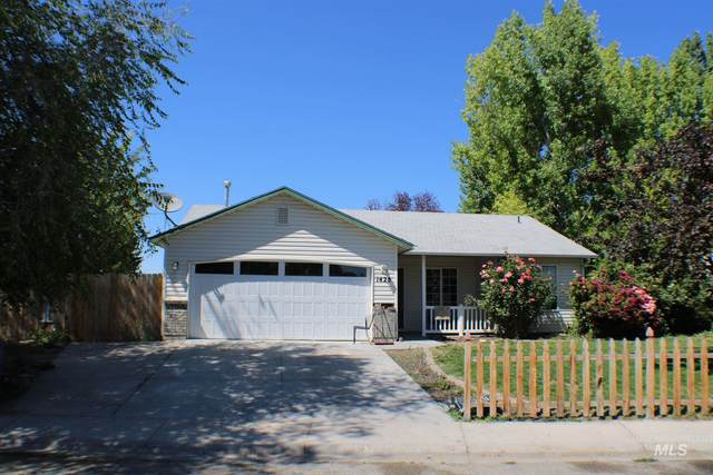 1428 W Blossom Place, Nampa, ID 83651 (MLS #98805119) :: New View Team