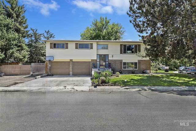 8705 W Pembrook Dr, Boise, ID 83704 (MLS #98805167) :: Hessing Group Real Estate