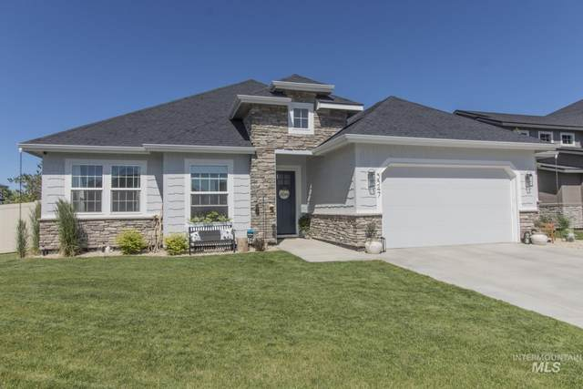 5547 S Stromboli Place, Meridian, ID 83642 (MLS #98805241) :: Story Real Estate