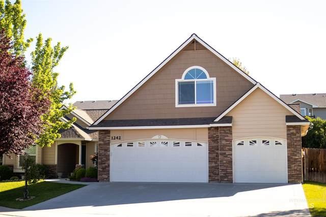 1242 E Lake Creek Drive, Meridian, ID 83642 (MLS #98805242) :: Michael Ryan Real Estate
