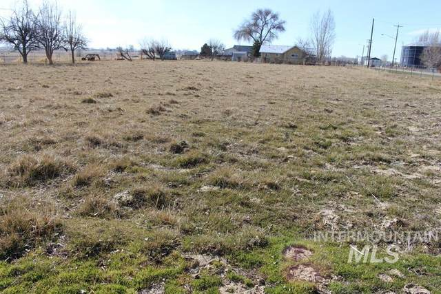 TBD Adell Ave., Filer, ID 83328 (MLS #98805271) :: Team One Group Real Estate