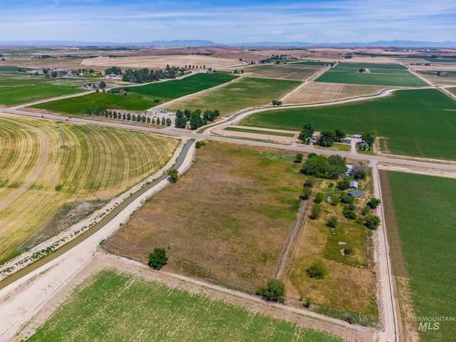 30665 Hwy 95, Parma, ID 83660 (MLS #98805491) :: Build Idaho