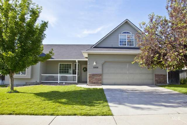2202 W Mountain Pointe Ct, Nampa, ID 83651 (MLS #98805548) :: Beasley Realty