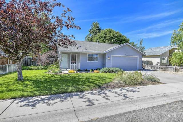 2661 E Nahuatl, Boise, ID 83716 (MLS #98805554) :: Epic Realty