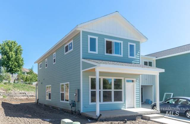1639 E Third Street, Moscow, ID 83843 (MLS #98805702) :: Story Real Estate