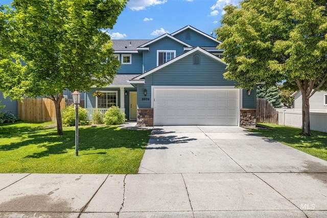 5939 N Silver Maple Ave, Meridian, ID 83646 (MLS #98805795) :: Build Idaho