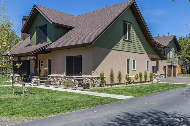 13092 Hillhouse Loop, Donnelly, ID 83615 (MLS #98806127) :: Story Real Estate