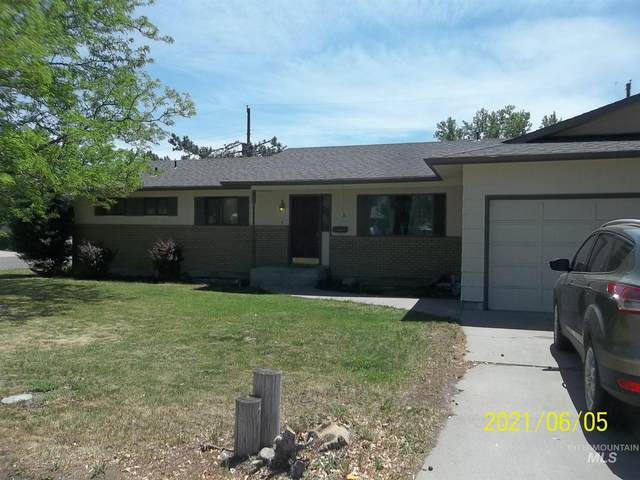 885 E 15th North, Mountain Home, ID 83647 (MLS #98806162) :: Hessing Group Real Estate