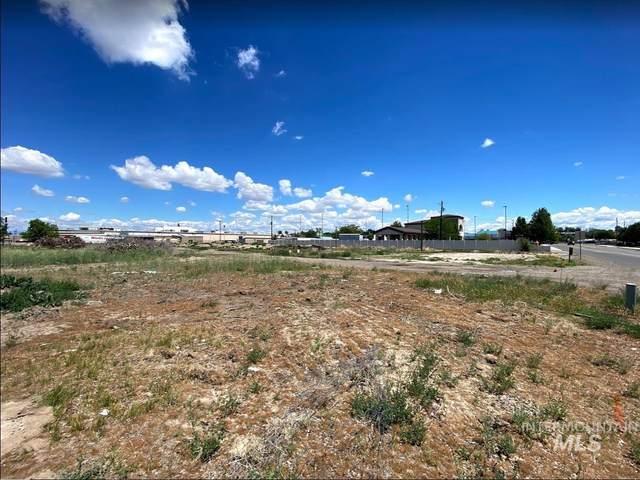 1517 SE 5th Ave, Ontario, OR 97914 (MLS #98806284) :: Michael Ryan Real Estate