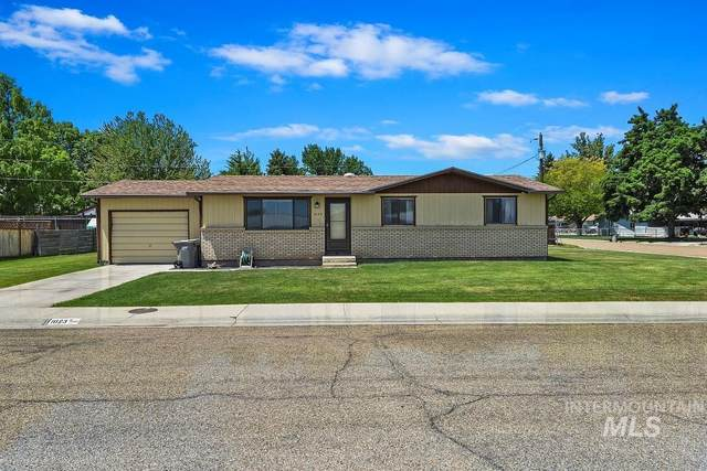 1023 Skyline Place, Caldwell, ID 83607 (MLS #98806316) :: Story Real Estate