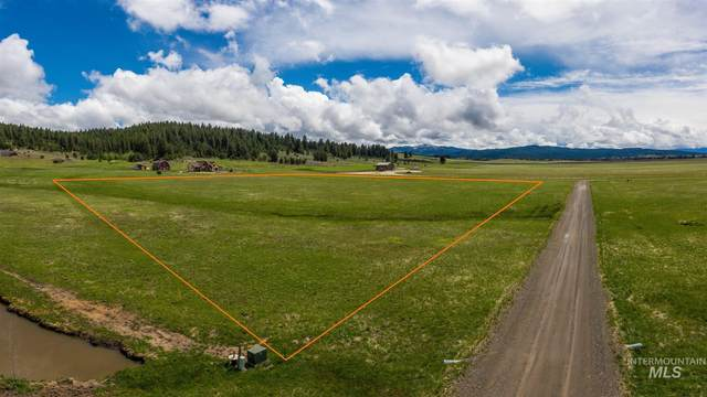 TBD Mcclintock, Donnelly, ID 83615 (MLS #98806369) :: Story Real Estate