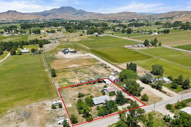 2730 E Locust St, Emmett, ID 83617 (MLS #98806433) :: Haith Real Estate Team