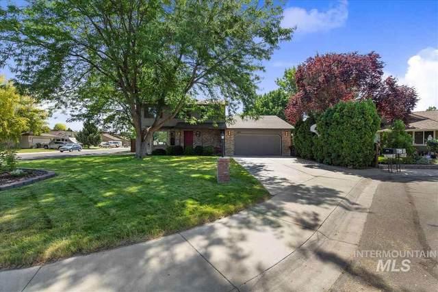 3815 W Sea Island Ct, Meridian, ID 83646 (MLS #98806435) :: Story Real Estate