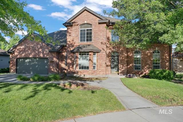 6283 N Fair Oaks Place, Boise, ID 83703 (MLS #98806467) :: Story Real Estate