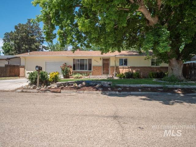 1501 Monte Vista Dr, Caldwell, ID 83605 (MLS #98806474) :: Michael Ryan Real Estate