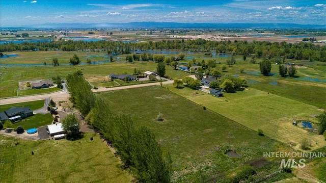 10200 Gabica St, Middleton, ID 83644 (MLS #98806477) :: Story Real Estate