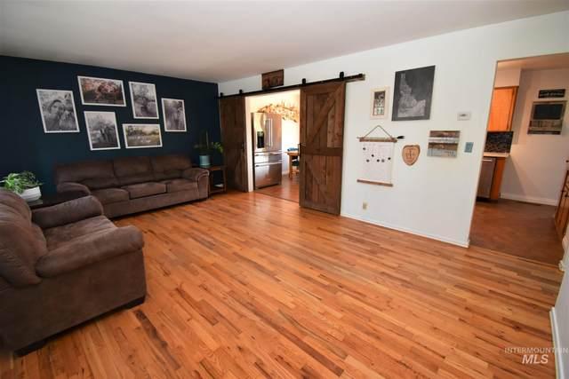721 Preston Avenue, Lewiston, ID 83501 (MLS #98806515) :: Team One Group Real Estate