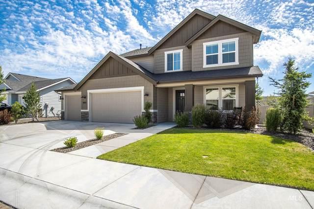 4592 N Girasolo Ave, Meridian, ID 83646 (MLS #98806600) :: Build Idaho