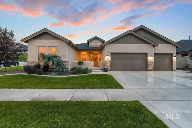767 E Reflect Ridge, Meridian, ID 83642 (MLS #98806679) :: Own Boise Real Estate