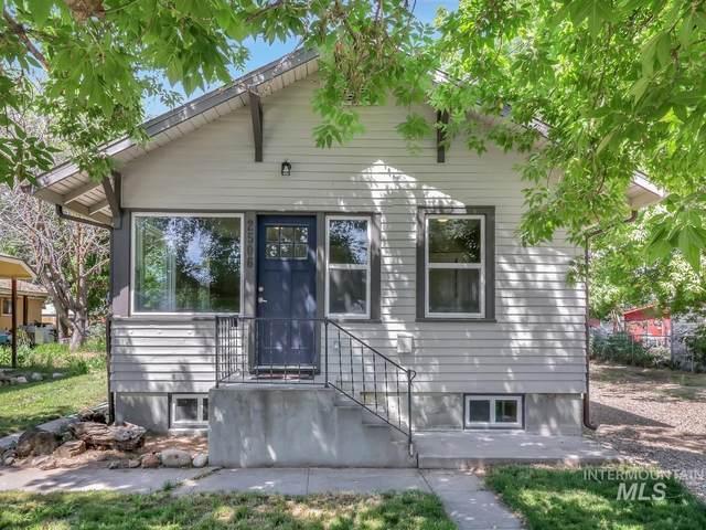 2506 College Avenue, Caldwell, ID 83605 (MLS #98806723) :: Michael Ryan Real Estate