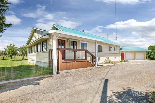 1662 State Highway 46, Gooding, ID 83330 (MLS #98806754) :: Team One Group Real Estate