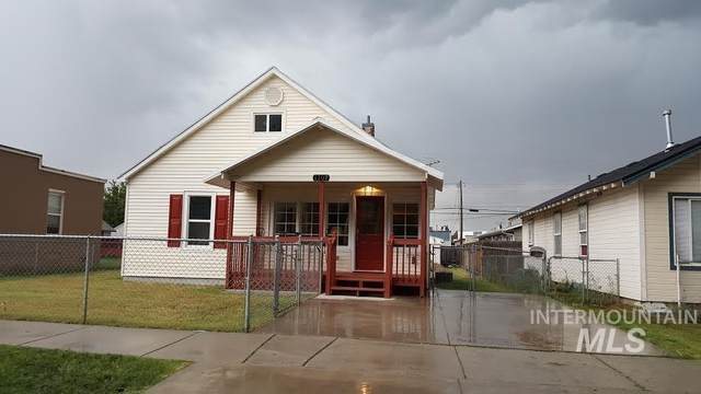 1107 13th Ave S, Nampa, ID 83651 (MLS #98806790) :: Own Boise Real Estate