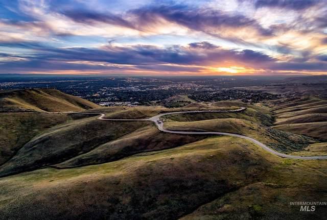 4692 E Wildhorse Lane, Boise, ID 83712 (MLS #98806801) :: Build Idaho