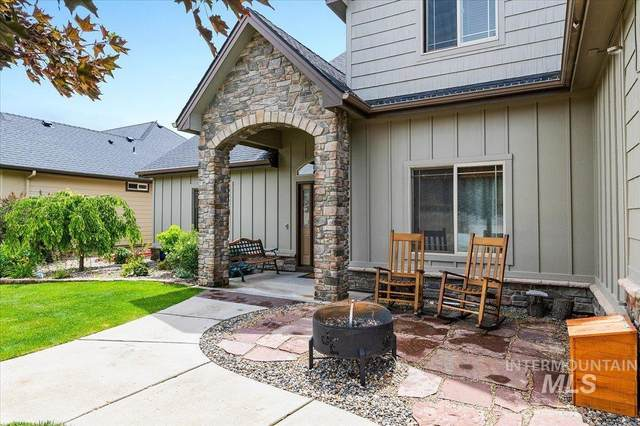 2367 E Meadowgrass, Meridian, ID 83642 (MLS #98806832) :: Own Boise Real Estate