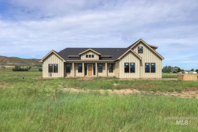 2811 Performance Ln, Emmett, ID 83617 (MLS #98806840) :: Haith Real Estate Team