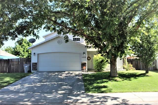 1319 W Hasket Circle, Nampa, ID 83686 (MLS #98806933) :: Own Boise Real Estate