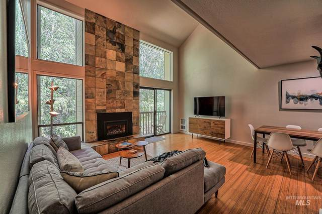 2431 Indian Springs Condo Dr., Sun Valley, ID 83353 (MLS #98806940) :: Scott Swan Real Estate Group