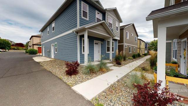 1101 Hourglass, Moscow, ID 83843 (MLS #98807032) :: The Bean Team