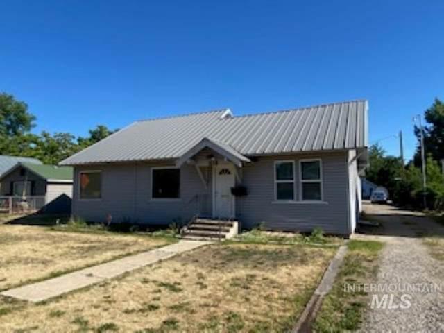 515 E 4th, Emmett, ID 83617 (MLS #98807121) :: Michael Ryan Real Estate