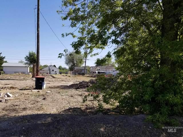 805 4th Avenue West, Twin Falls, ID 83301 (MLS #98807125) :: Beasley Realty