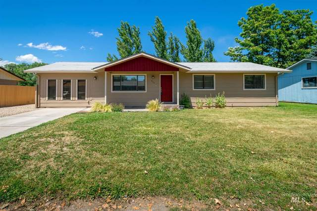 404 W Colorado Ave, Homedale, ID 83628 (MLS #98807217) :: The Bean Team