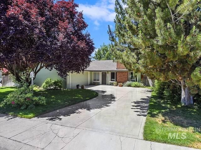 687 N Beachwood, Eagle, ID 83616 (MLS #98807228) :: Michael Ryan Real Estate