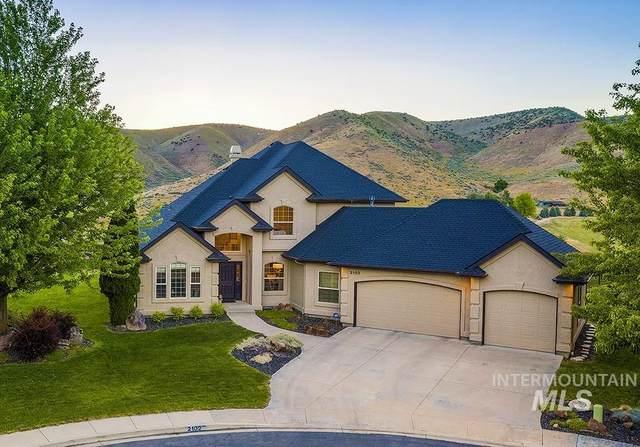 2102 W Moccasin Ct, Boise, ID 83703 (MLS #98807259) :: Build Idaho