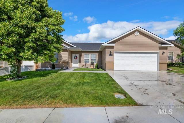 1567 Vista Dr, Twin Falls, ID 83301 (MLS #98807344) :: Team One Group Real Estate