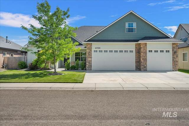 10745 W Hidden Brook Dr, Star, ID 83669 (MLS #98807387) :: Boise River Realty
