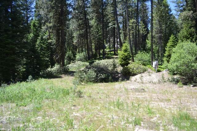40 Ranch Circle, Cascade, ID 83687 (MLS #98807440) :: New View Team