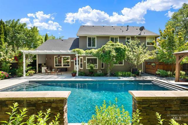 5299 N Mink Creek Ave, Meridian, ID 83646 (MLS #98807488) :: Scott Swan Real Estate Group