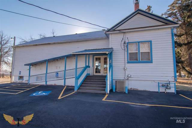 835 Blue Lakes, Twin Falls, ID 83301 (MLS #98807522) :: Boise River Realty