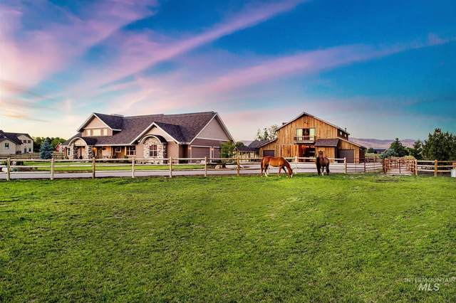 3208 N Timber Ridge Ln, Eagle, ID 83616 (MLS #98807538) :: Trailhead Realty Group