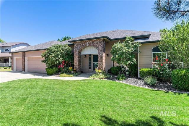 5100 N Lawsonia Pl, Boise, ID 83713 (MLS #98807617) :: Bafundi Real Estate