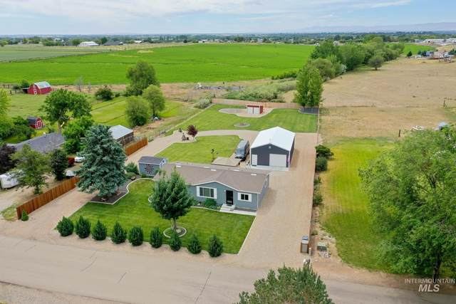13895 Jenny Ln, Caldwell, ID 83607 (MLS #98807652) :: Team One Group Real Estate